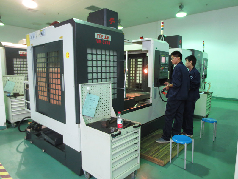 CNC04数控工程师班