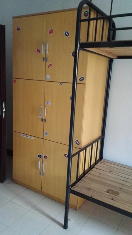 寝室实拍1